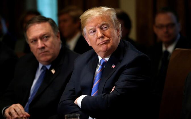 USA president Donald Trump, tagaplaanil välisminister Mike Pompeo.