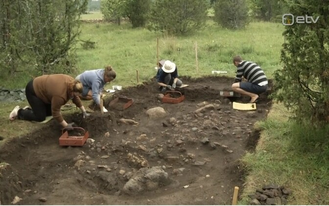 Archaeologists working on the Kurese site.