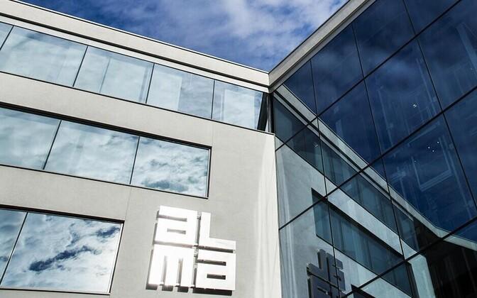 Alma Media logo.