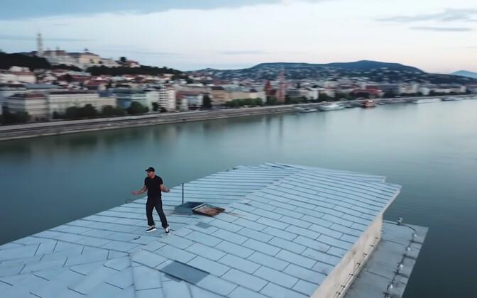 Will Smith tegi ka oma versiooni #InMyFeelingsChallenge tantsust