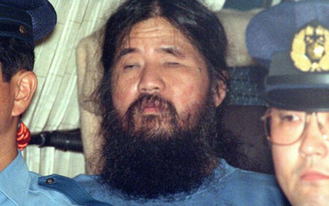 Ранее в июле был повешен экс-глава религиозной секты Сёко Асахару.