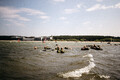 Sõdurid Pirita rannas veeohutuskoolitusel.