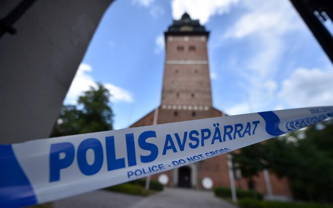 Rootsi politsei Strängnäsi toomkiriku juures.