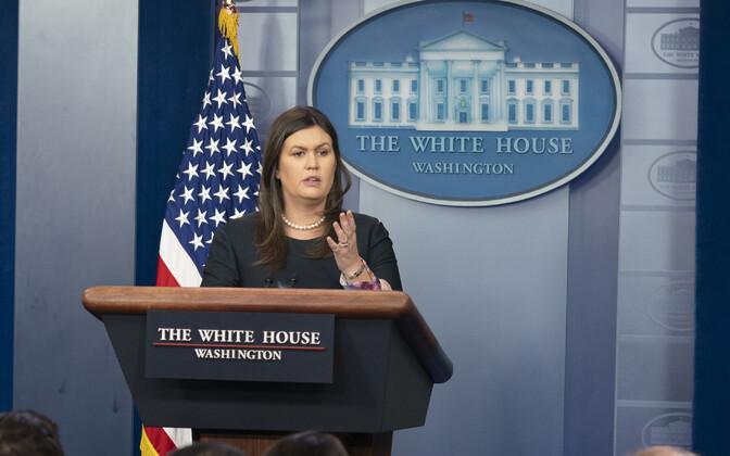 Valge Maja pressiesindaja Sarah Huckabee Sanders 1. augustil pressibriifingul.