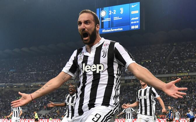 Gonzalo Higuain Juventuse särgis.