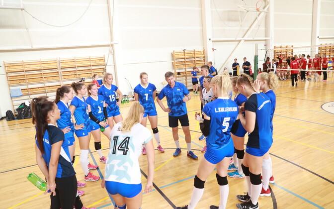 Eesti naiste võrkpallikoondis kohtus kontrollmängus ka Taaniga
