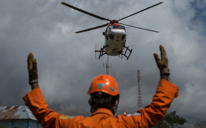 Спасательные работы на сотрове Ломбок.