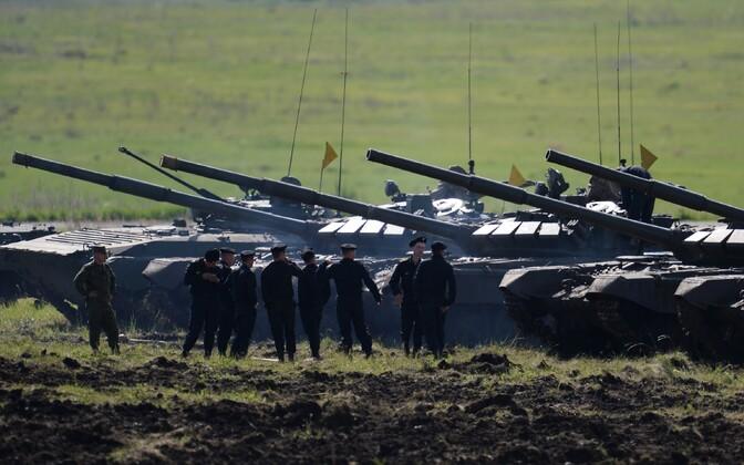 T-72 tankid.