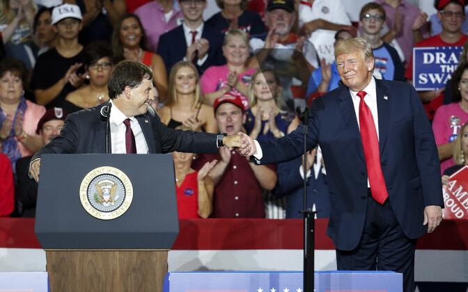 Troy Balderson ja Donald Trump.