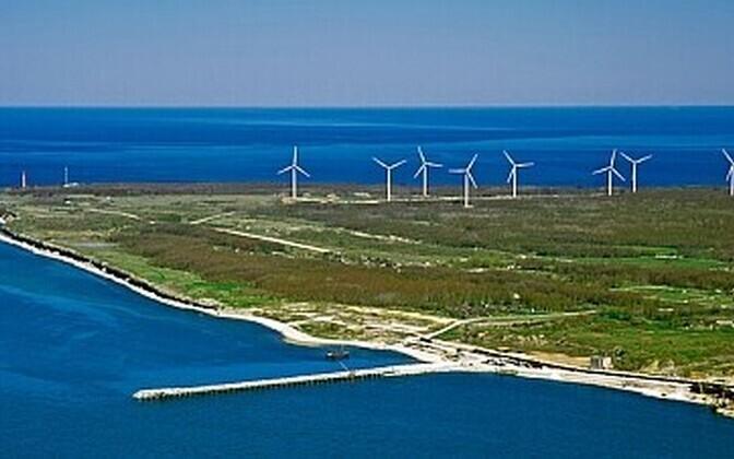 Kohus nõuab Hiiumaa tuulepargi arendajalt keskkonnauuringuid. Fotol on Pakri tuulepark.