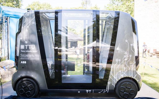 Беспилотный автомобиль был представлен на Фестивале мнений.
