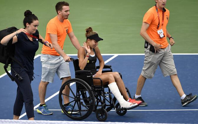 Mihaela Buzarnescu pidi Montreali tenniseturniiri pooleli jätma teises ringis