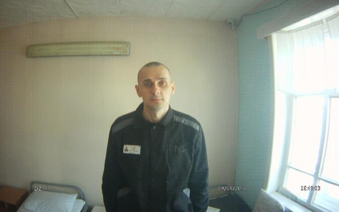 Oleg Sentsov Siberis Jamali poolsaarel asuvas kinnipidamisasutuses, Vene inimõigusvoliniku foto.