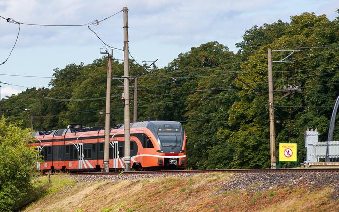 An Elron train.