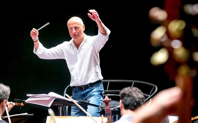 Eesti festivaliorkestri dirigent Paavo Järvi.