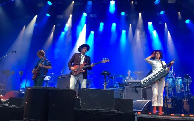 Arcade Fire Riia Metsapargi laval.