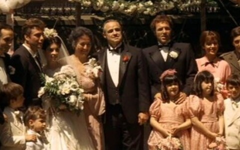 Morgana King mängis Marlon Brando kehastatud Don Vito abikaasat Carmela Corleonet