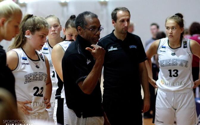 Pierre Bressant ja neidude U-16 korvpallikoondis