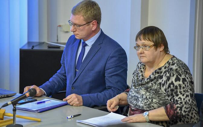 Александр Ефимов и Лариса Оленина с 15 августа перестали быть членами Центристской партии.