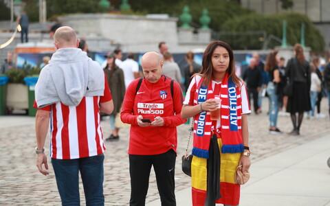Madridi Atletico fännid Vabaduse väljakul