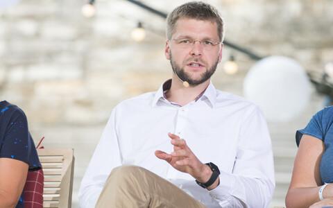Евгений Осиновский считает, что бесплатные курсы эстонского могли бы быть доступны каждому.