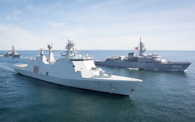 NATO ja Jaapani sõjalaevad Läänemerel.