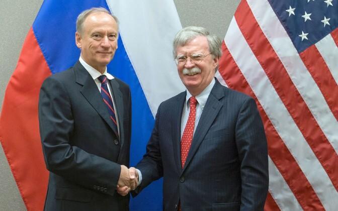 Venemaa julgeolekunõukogu sekretär Nikolai Patrušev ja USA riiklik julgeolekunõunik John Bolton.
