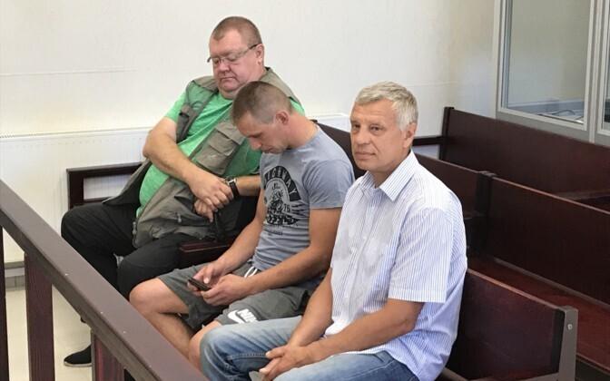 Суд первой инстанции обвиняемых оправдал.