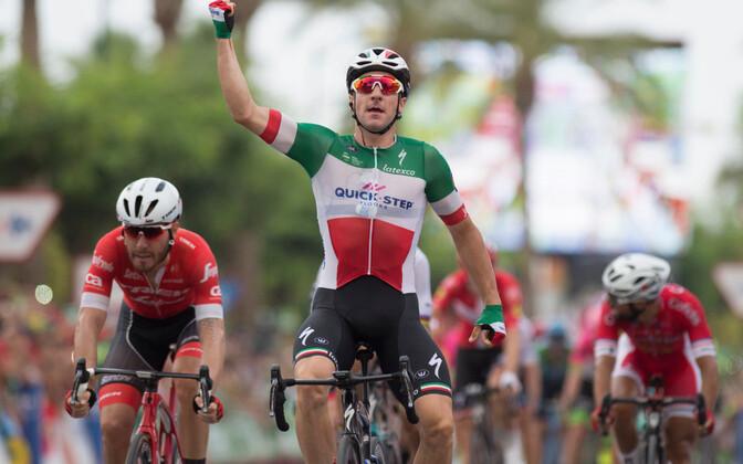 Elia Viviani Vuelta kolmandat etappi võitmas