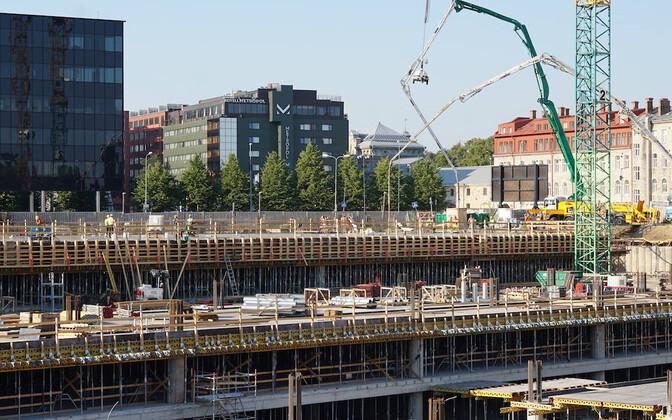 Строительство зданий - довольно популярная среди компаний инвестиция.