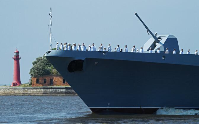Vene sõjalaev Kroonlinnas.