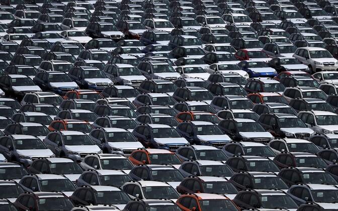 Uued autod Californias Richmondi sadamas.
