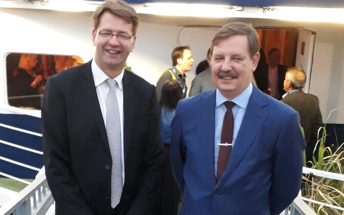 Mayor of Tallinn Taavi Aas (right) with his Dunkirk counterpart Patrice Vergriete.