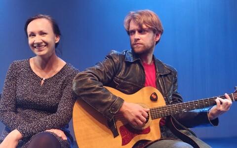 Rakvere teatri näitlejad Imre Õunapuu (paremal) ja Silja Miks.