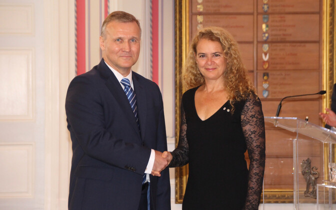 Estonian Ambassador to Canada Toomas Lukk with Canadian Governor-General Julie Payette.