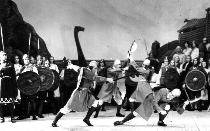 Eesti esimene ooper, Evald Aava