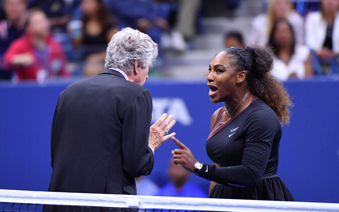 Serena Williams (paremal) US Openi finaalis