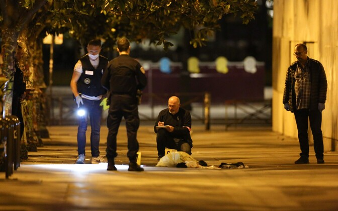 По предварительным данным, атака не связана с терроризмом.