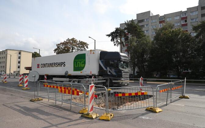 895635e9687 Veeavarii sulges Tallinnas Paldiski maanteel kaks sõidurada | Eesti ...