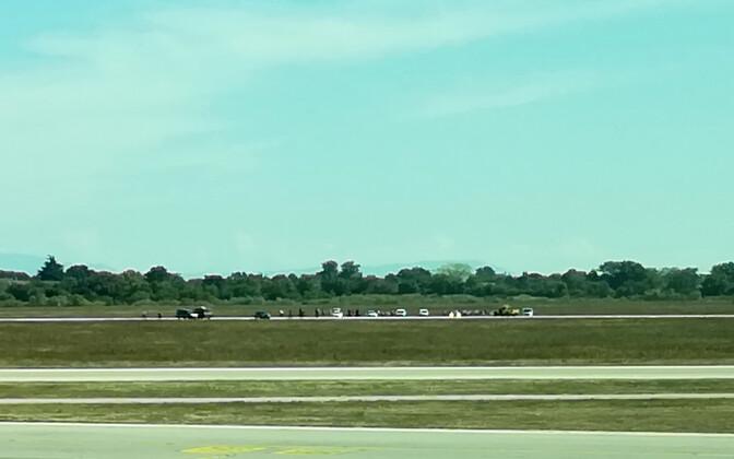 Tagaajamine Lyoni lennuväljal.