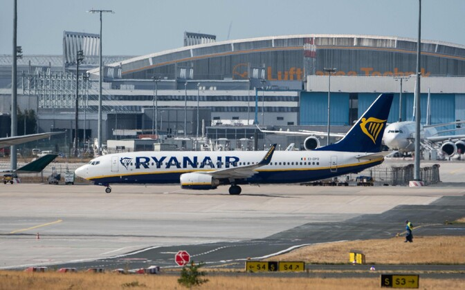 Ryanairi lennuk Frankfurdi lennujaamas.