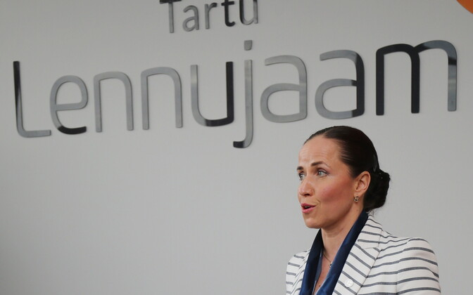 Tallinn Airport CEO Piret Mürk-Dubout introducing Finnair's new flight schedule at Tartu Airport.