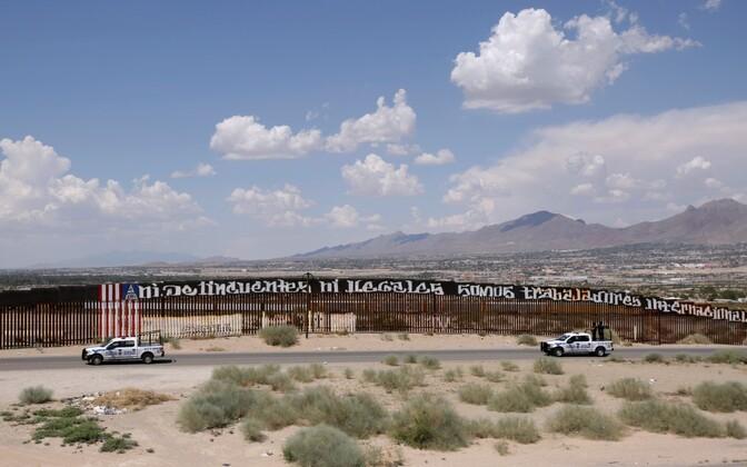 USA ja Mehhiko vaheline piiritara.