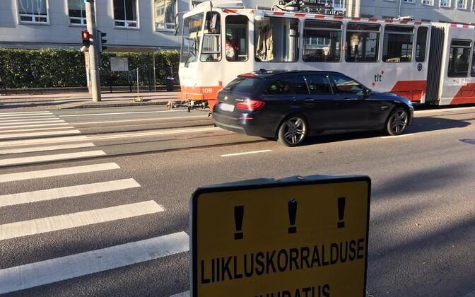 Ülekäigurada Tallinna ülikooli juures