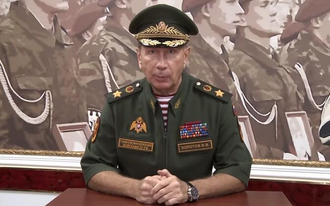 Vene rahvuskaardi üle Viktor Zolotov opositsioonipoliitik Aleksei Navalnõid duellile kutsumas.
