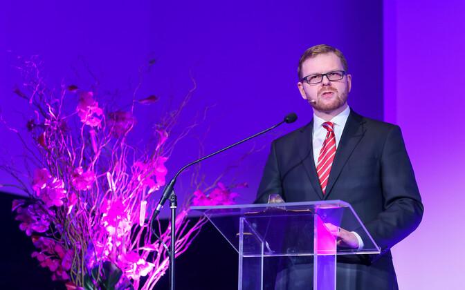 FSA chair Kilvar Kessler.