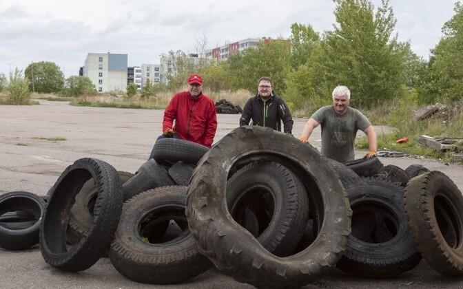 Автомобильная резина регулярно оказывается в эстонских лесах и на свалках, загрязняя окружающую среду.