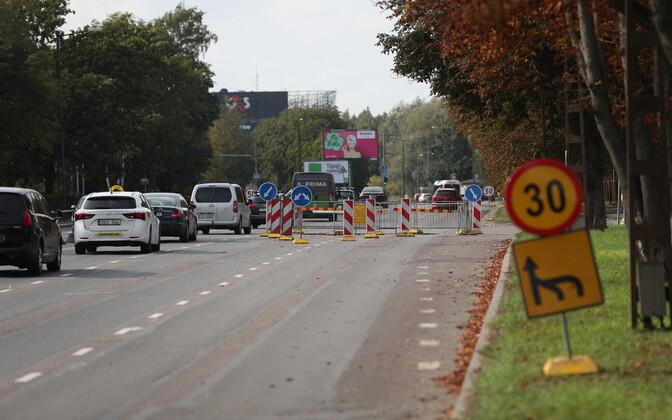 Veeavarii takistas Paldiski maanteel liiklust ka lõppeva nädala alguses.