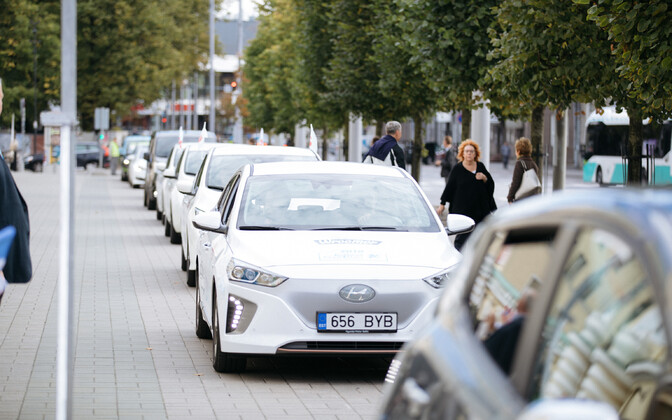 Electric vehicles in front of Estonia Theatre in Tallinn.