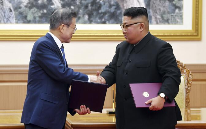 Moon Jae-in ja Kim Jong Un